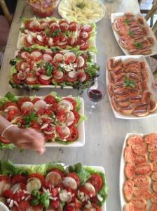 Cadaqués:  Déjeuner entre amis - comida entre amigos...
